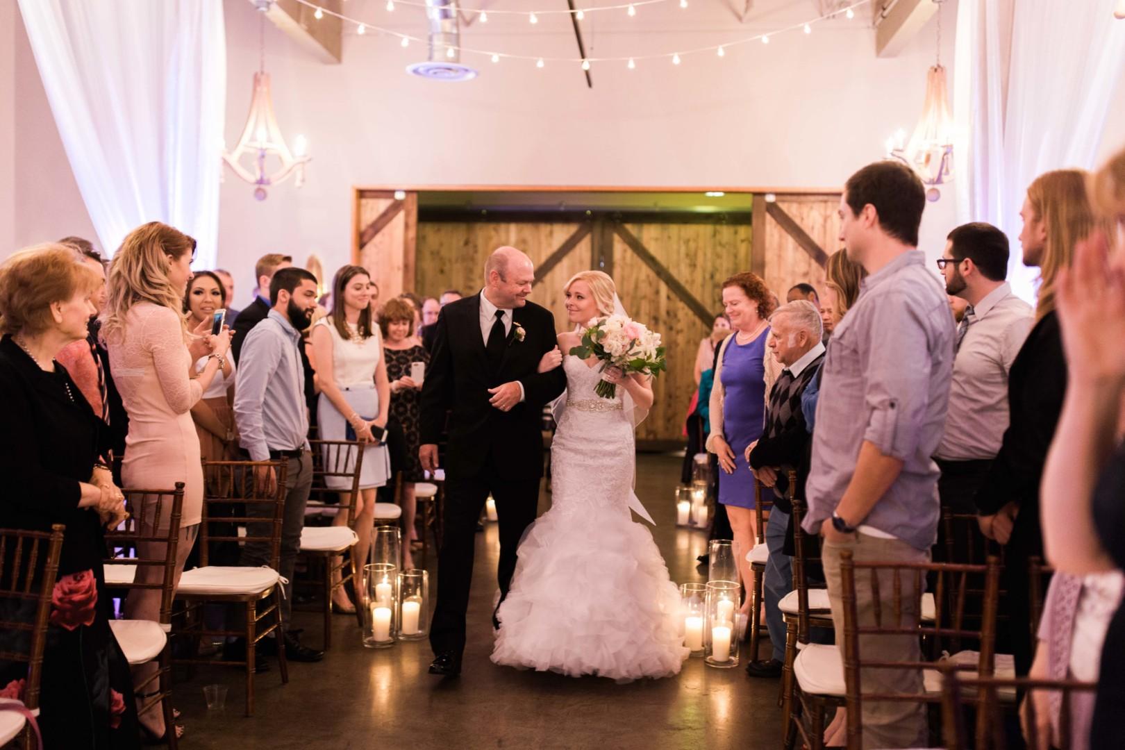 16-5-Looch-Lauren-Worl-Seattle-Wedding-Photography-Nicole-Barkis-Photographer-The-Foundry-Herban-Feast-Ceremony-75